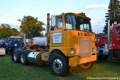 1970 Mack FL711LST Tractor (Trucks, Buses, & Trains by granitefan713) Tags: mack macktruck macungie atca antiquetruck classictruck oldschool vintagemack tractor trucktractor daycab nonsleeper mackfmodel mackf700 mackfl711lst cabover coe