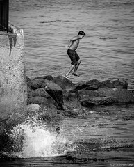 Jump ©2016 Steven Karp (kartofish) Tags: monterey california blackandwhite loversleap fujifilm xt1 candid