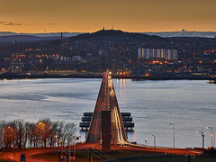 Welcome Home to Dundee, Scotland (ajnabeee) Tags: sunset dundee fife city skyline scotland river tay waterfront riverside va design unesco cityscape newport
