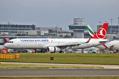 "TC-JTH Airbus A.321-231SL Turkish Airlines MAN 17-07-16 (PlanecrazyUK) Tags: egcc manchester man ringway ""manchester airport"" tcjth airbusa321231sl turkishairlines 170716"