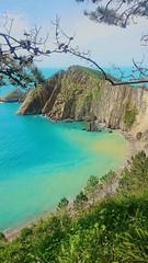 Playa del Silencio, Asturias (Cris__CG) Tags: asturias playa beach mar sea acantilados cliffs azul blue verde green playadelsilencio