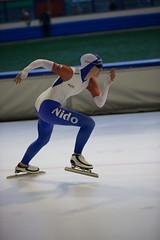 A37W7056 (rieshug 1) Tags: speedskating schaatsen eisschnelllauf skating nkjunioren knsb nkjuniorenallroundafstanden afstanden allround 50010001500massstart demeent alkmaar sportcomplexdemeent juniorenc ladies dames 500m