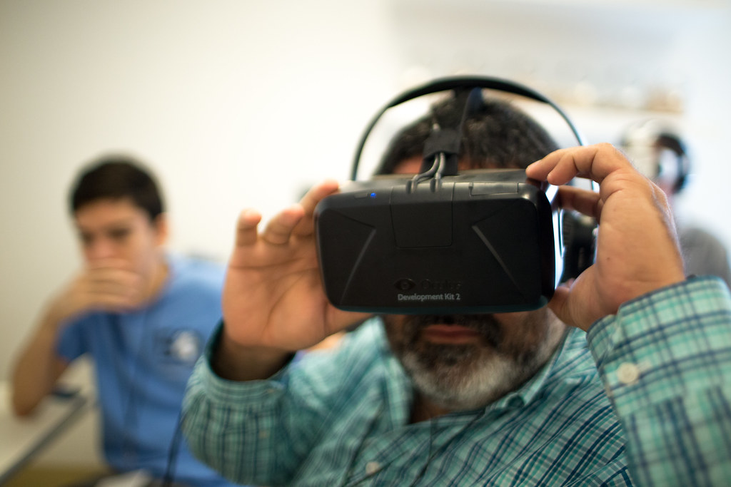 Virtual Reality Demonstrations by UTKnightCenter, on Flickr