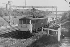BR Class 86 210 City Of Edinburgh, Tring cutting, Apr 1984 (Xdriver2) Tags: city edinburgh class cutting british tring railways 86 of 86210 al6