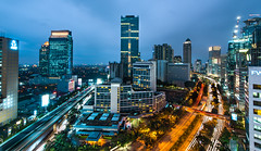 Hot and Cold (framerunner) Tags: nikon cityscape traffic jakarta casablanca lighttrail sudirman nikond810 nikkor1635