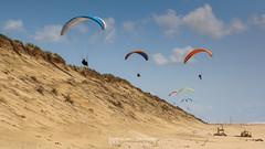 IMG_9154 (Laurent Merle) Tags: beach fly outdoor dune cte vol paragliding soaring ozone plage parapente atlantique ocan glisse littlecloud spiruline