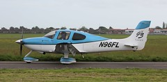 Cirrus SR-22 N96FL Lee on Solent Airfield 2016 (SupaSmokey) Tags: lee solent cirrus airfield sr22 2016 n96fl