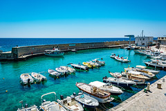 Seascape - Italy (fabioseda) Tags: ocean sea seascape sol praia beach boat mar italia waves natureza paisagem castro puglia sul 500px
