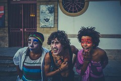 The three clowns - Rio de Janeiro, Brazil (Across America Photography) Tags: voyage road street city trip travel brazil people colour art latinamerica smile rio america happy three photo janeiro bresil sony clown ngc route story journey across franais journalism carioca reportage 2016 rx100