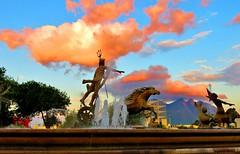 El Rey Neptuno acariciando nubes de fuego. (jerodamor@yahoo.com.mx) Tags: monterrey nubes ocasos nuevolen mxico
