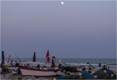 3724-LUNA LLENA EN LA HORA AZUL - ISLANTILLA - (HUELVA) (-MARCO POLO-) Tags: rincones atardeceres costas playas barcas ocasos