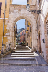Porta Pescara, Old Arch (Daniele Nicolucci photography) Tags: street door city italy cars clock architecture cityscape arch entrance streetphotography abruzzo chieti oldarch portapescara