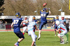 "RFL15 Assindia Cardinals vs. Bonn GameCocks 12.04.2015 040.jpg • <a style=""font-size:0.8em;"" href=""http://www.flickr.com/photos/64442770@N03/17099834686/"" target=""_blank"">View on Flickr</a>"