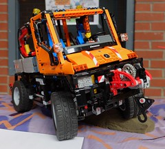 UNIMOG U400 (LEGO TECHNIC) (xavnco2) Tags: show orange france club truck model lego 4x4 exposition camion technic salon unimog arras pasdecalais 2015 modlisme u400 beaurains