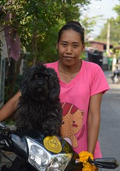 young lady and her dog (the foreign photographer - ) Tags: dog black lady portraits thailand nikon bangkok young motorcycle khlong bangkhen thanon d3200 apr232016nikon