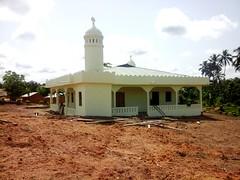 Waqare amal in Tabita in Oda (5) (Ahmadiyya Muslim Youth Ghana) Tags: new amal eastern region mosques youths ahmadi commissioned mka majlis ahmadiyya mkaer khuddamul waqare