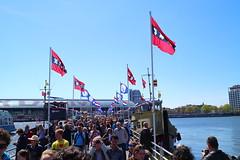 Pont brug, Ij Amsterdam. 5 mei. (PeteMartin) Tags: netherlands amsterdam nl amsterdambridgeponthistory