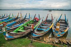 Boat at the shore, Mandelay (ReinierVanOorsouw) Tags: reizen myanmar birma burma travelling travel travelstoke reiniervanoorsouw sony sonya7r sonya7rii a7rii asia asya azie mandelay mandalay