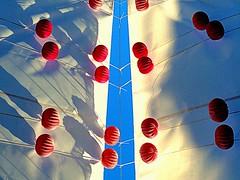 Nudos (camus agp) Tags: espaa malaga sombras ferias marbella nudos farolillos toldos fz150