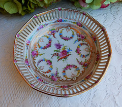 Vintage Dresden Porcelain Reticulated Bowl ~ Dresden Flower ~ Gold (Donna's Collectables) Tags: flower vintage gold dresden bowl porcelain ~ reticulated
