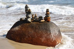 Leaning tower of rocks (LukeUrland) Tags: ocean blue sky white beach water canon wow outdoors amazing sand rocks sharp crisp manmade stacking t6