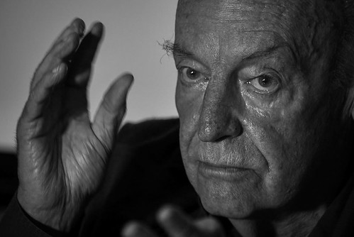 From flickr.com: Eduardo Galeano recente {MID-187528}