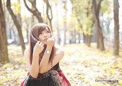 - (Chris Photography()) Tags: girl model shot taiwan 85mm explore excellent 5d tainan f18  85  2470l   mark3  excellentshot 85f18  5d3 5dmark3 2470lii