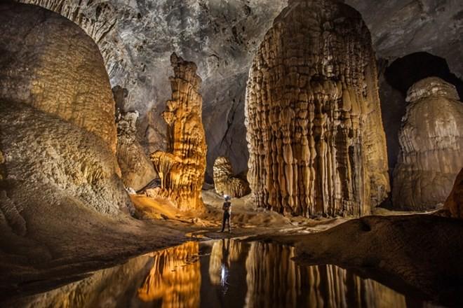Vẻ đẹp kì vĩ của hang làm choáng ngợp biết bao nhiêu du khách từng đến đây