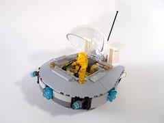UFO 001 - 1 (GregoryBrick) Tags: lego space ufo spaceship moc