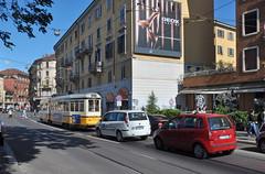 2011 Itali 0236 Milaan (porochelt) Tags: milan milano tram milaan tramway lombardia itali lombardy lombardie tranva mailand lombardei lombarda fiatidea lombardije strasenbahn fiatulysse