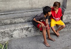Boys at Intramuros (rgreen_se) Tags: boys smile wow happy philippines streetphotography warmth excited manila welcome pinoy intramuros mabuhay itsmorefuninthephilippines