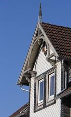 (:Linda:) Tags: two window germany town bluesky thuringia gable fachwerk themar slateshingled