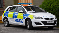 KN15OYP (Cobalt271) Tags: sports proud police northumbria vehicle to 16 astra protect vauxhall response tourer livery cdti kn15oyp