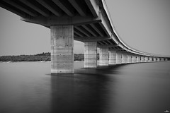 Valmayor (NessSlipknot) Tags: longexposure bridge blackandwhite espaa blancoynegro water monochrome puente spain agua europa europe sony cielo nd embalse manfrotto haida elescorial comunidaddemadrid monocromtico largaexposicin valmayor a99 ndx1000 densidadneutra sal1650 slta99 mk055xpro33w