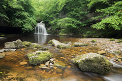 West Burton Falls (Sarah Howard Photography) Tags: uk longexposure summer england water landscape waterfall scenery outdoor yorkshiredales wensleydale polariser