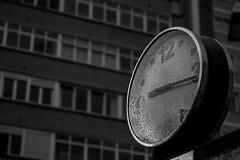 Time (Jostography) Tags: blanco agua y time jose negro gotas hora reloj antonio burgos tiempo diez jostography