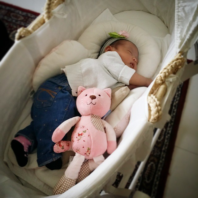 Our Sleeping Beauty all set for Bubu Mias movie date with friends. #latergram #LilMouni #LilMouMou #LilMoMo #SG50Baby #SG50 #OOTD #BabyLovesMilk #baby #fashion #jeans #cardigan #mosesbasket #cat #hairband #LifeAtDay34 #blessed #gratitude #SyukurAlhamdu