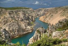 Zrmanja Canyon (hapulcu) Tags: river spring mediterranean croatia canyon zadar croazia zara croatie hrvatska horvatorszag dalmatia dalmacija winnetou zrmanja croacie