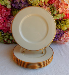 Vintage Lenox 86 Porcelain China Dinner Plates ~ Cream ~ Gold (Donna's Collectables) Tags: china dinner vintage gold cream plates 86 porcelain ~ lenox
