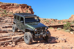 moab-77 (LuceroPhotos) Tags: utah jeeps moab cliffhanger jeeping