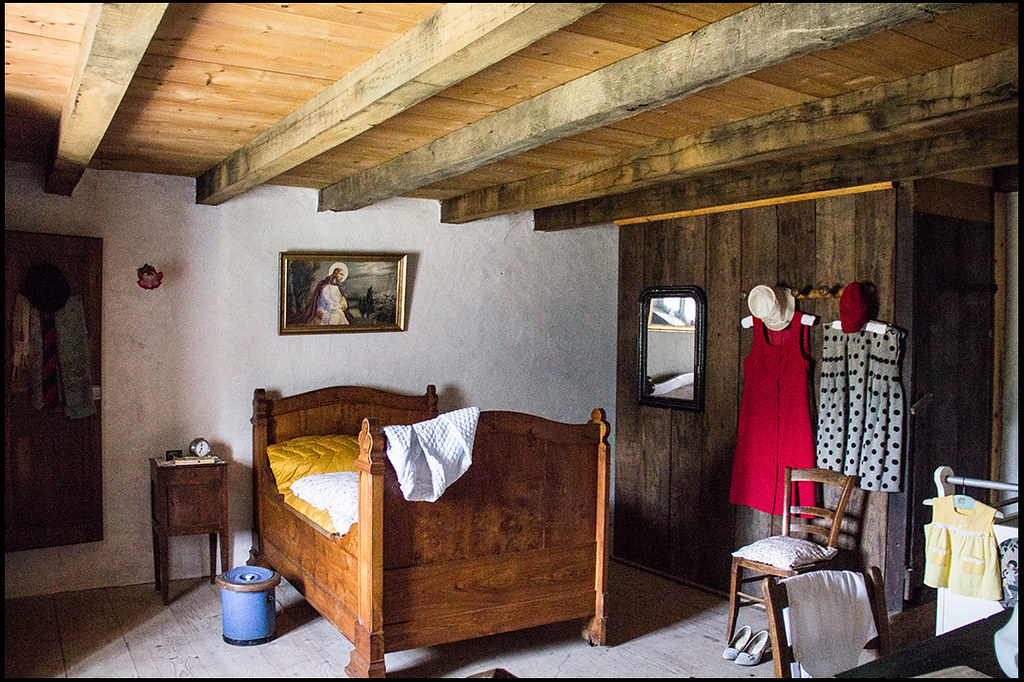 20140602 82 (sulamith.sallmann) Tags: Altmodisch Bed Bett Einrichtung  Europa France