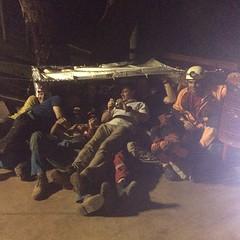Ponto quente montado. Todos os instrutores entraram. #rescue #resgate #secours #SSF #bambui #espeleo