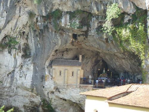 Santa Cueva de Covadonga, Asturias, España