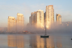 Morning fog (quinet) Tags: canada fog vancouver nebel bc britishcolumbia brouillard geo:country=canada geo:state=britishcolumbia geo:city=vancouver camera:make=olympusimagingcorp exif:make=olympusimagingcorp exif:aperture=ƒ40 exif:isospeed=80 exif:focallength=131mm geo:location=vancouverbccanada camera:model=c70zc7000z exif:model=c70zc7000z