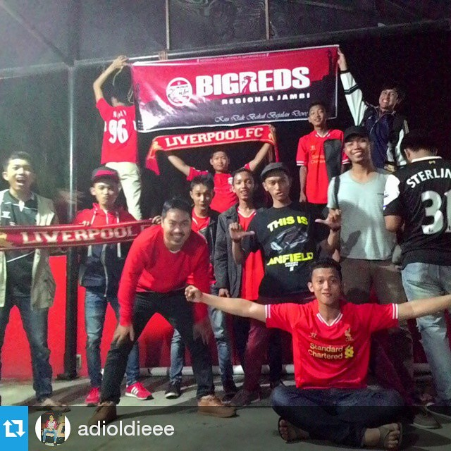 Lokasi Nobar: #Fotonobar @adioldieee #LFC #Jambi ・・・ once after nonbar then this is what happens #latepost #fun #NONBAR #lfc vs #southampton #Bigreds #BIGREDSjambi #ynwa