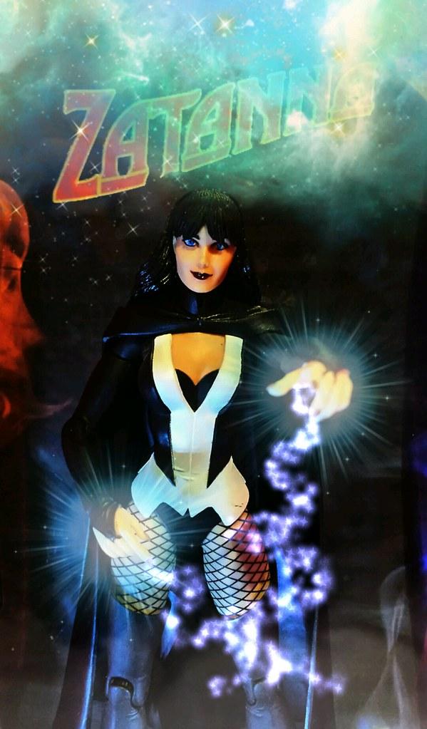 zatanna justice league heroes - photo #21
