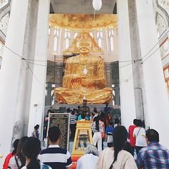 ไหว้พระ ทำบุญ วันหยุด 🙏🙏🙏#วัดหลวงพ่อโต #วัดสมเด็จพระพุฒาจารย์(โตพรหมรังสี) #องค์ใหญ่ที่สุดในโลก #โคราช #temple #nakhonratchasrima #thailand