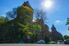 TU Dresden (FotoCaching) Tags: deutschland dresden saxony universitt stern sonne technische perspektive reflektion bildung lernen wissen studieren saxen innovativ