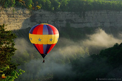 One Seater Balloon over Valley Fog (DSH_8266) (masinka) Tags: star hot air balloon outdoors rally festival 15th annual red white blue letchworth statepark park landscape genesee river gorge cliffs valley sunrise fog 2016 single etbtsy morning early saturday newyork ny castile