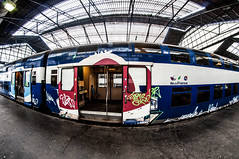 BIENVENUE A BORD ! (nARCOTO) Tags: paris train graffiti graff graffitis transilien